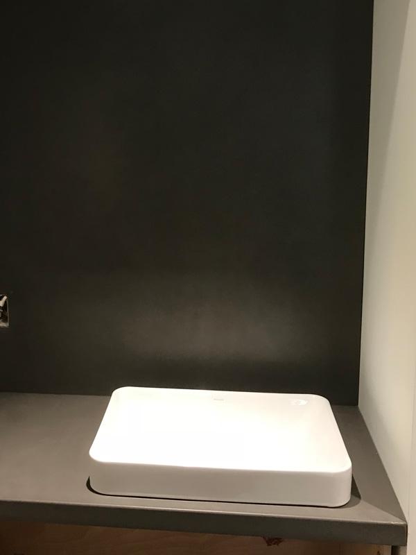 Simple Square Concrete Sink - Diamond Finish