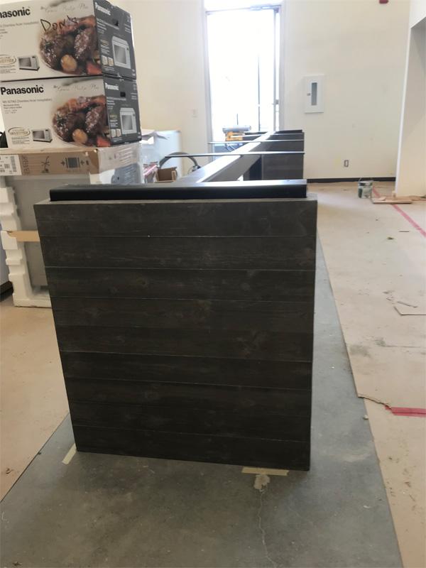 Long Concrete Table - Diamond Finish