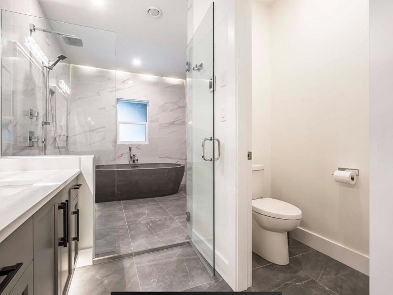 Custom Concrete Bathrooms - Diamond Finish