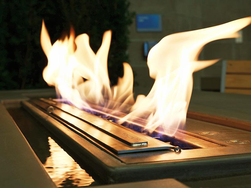 Elegant Flame Fire Table - Diamond Finish